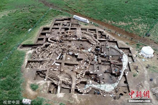哈密发现首个河湖沿岸青铜时代聚落遗址